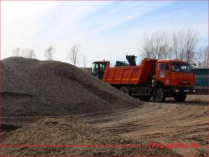 Доставка ПГС грузовиком КАМАЗ с базы поставщика